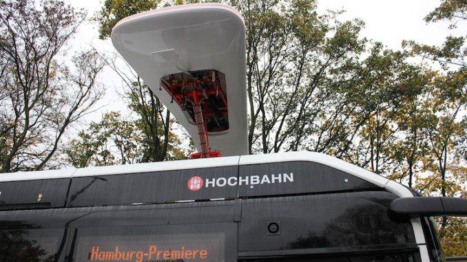 Electric hybrid bus with charging system from Siemens Hamburg