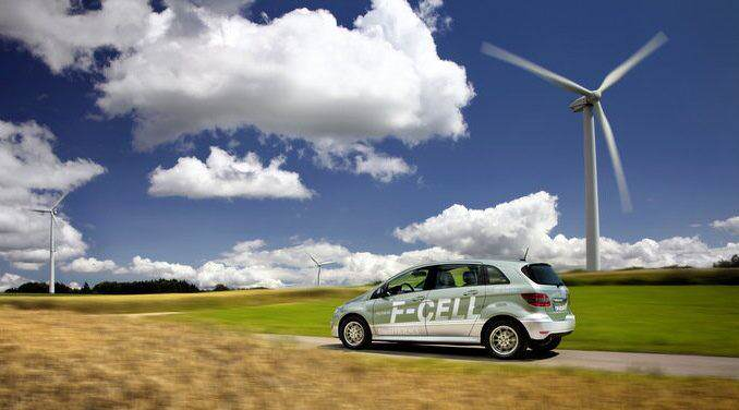 Mercedes FuelCell