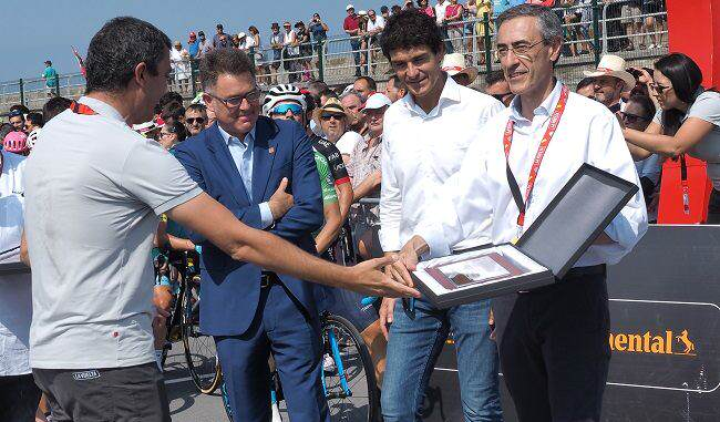 Vuelta Cicilista a España y Ambilamp