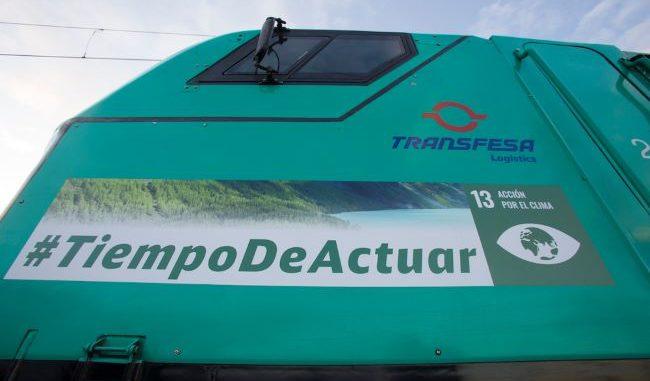 Locomotora de Transfesa Logistic vinilada